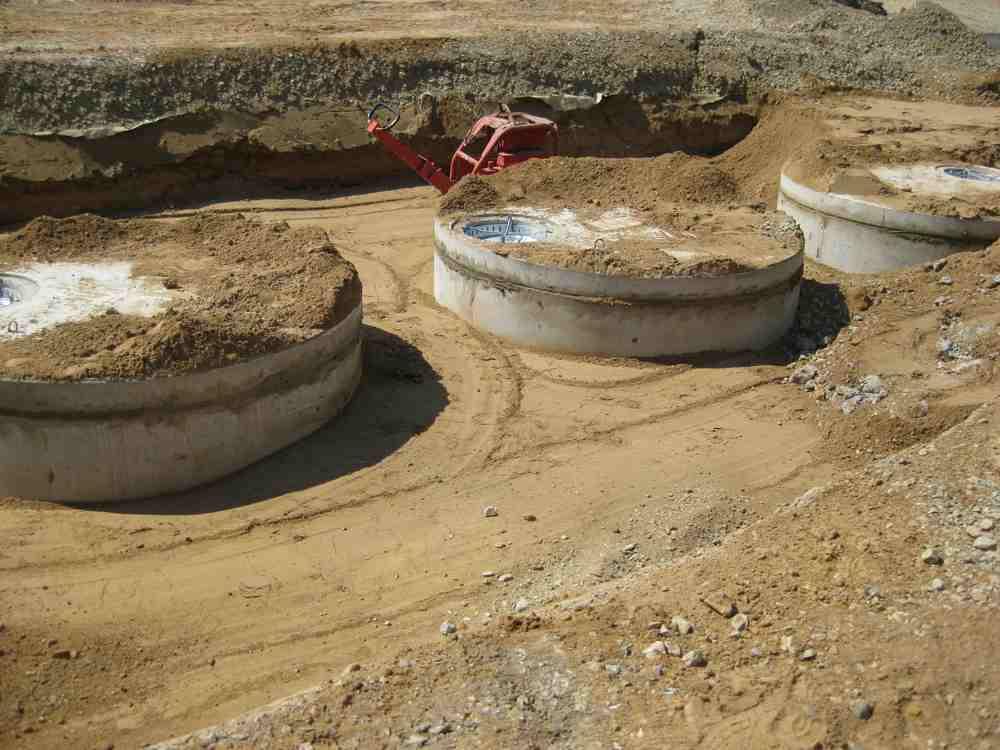 drei Einzelbehältern DN 2500 mm, Inhalt gesamt 30.00 Liter
