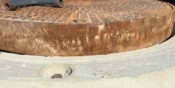 Schachthals mit formschlüssiges Lastaufnahmemittel